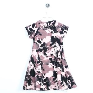 8ff9906e2c52 Klänningar & kjolar till barn i åldern 6 - 12 år | Secondhand.se ...