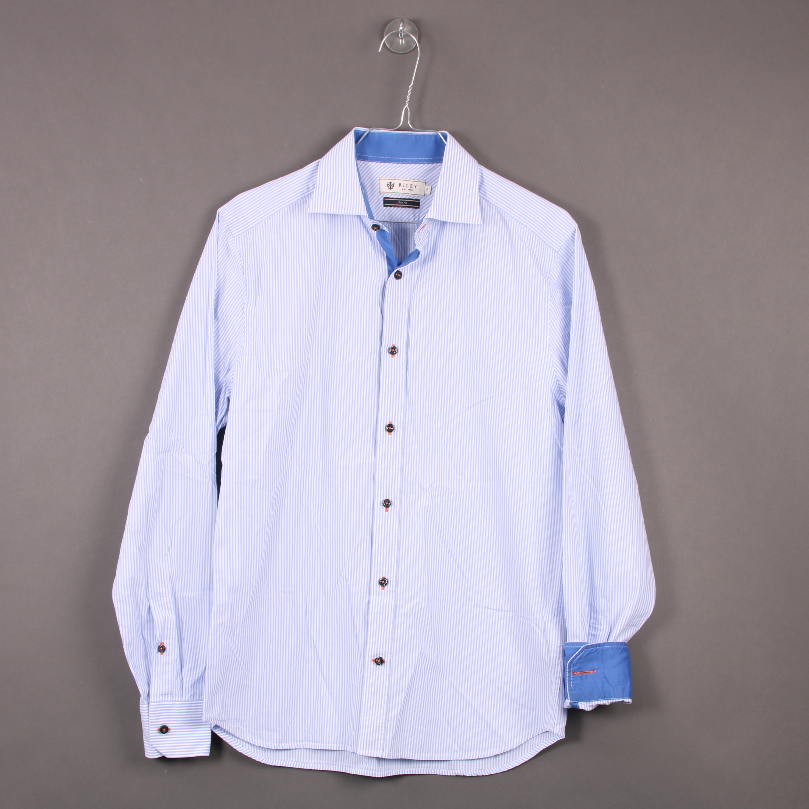 Riley skjorta S - Secondhand.se 3f30365748cb3